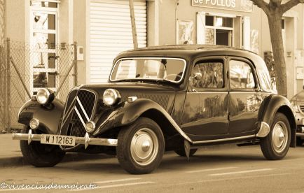 CITROEN TRACTION 1