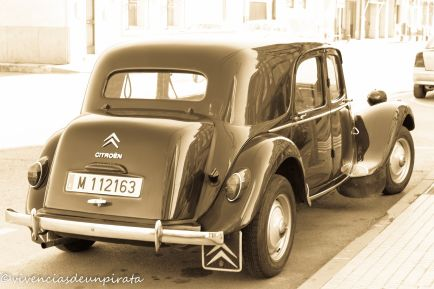CITROEN TRACTION 2