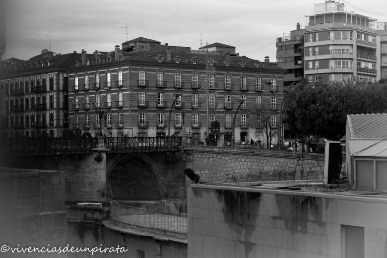 Puente Viejo y Hotel Victoria